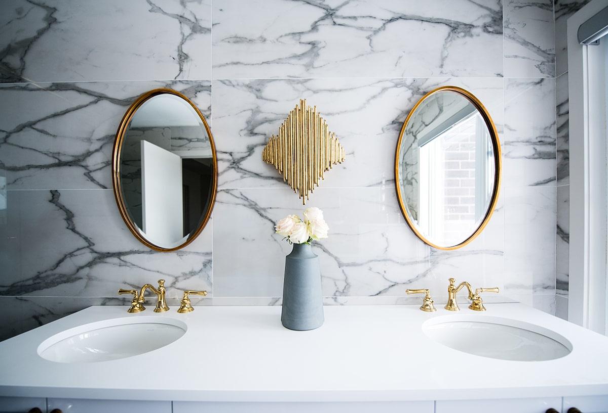 gương treo tường nhà tắm