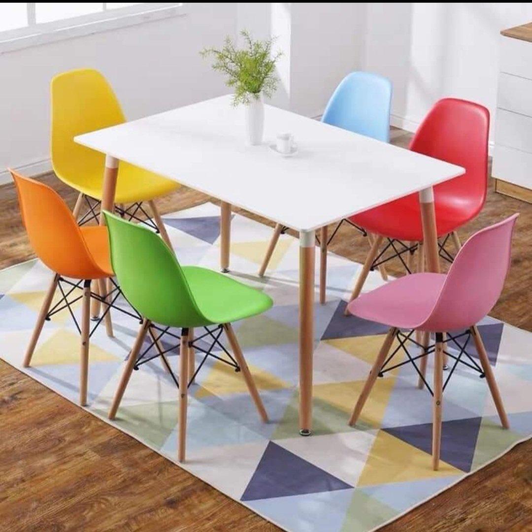 bàn ghế eames
