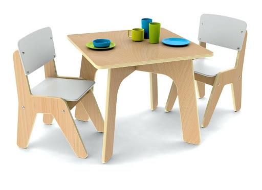 bàn ghế gỗ cong nghiệp cho trường mầm non