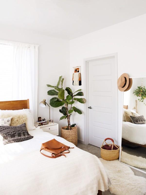 trang trí phòng ngủ với cây xanh