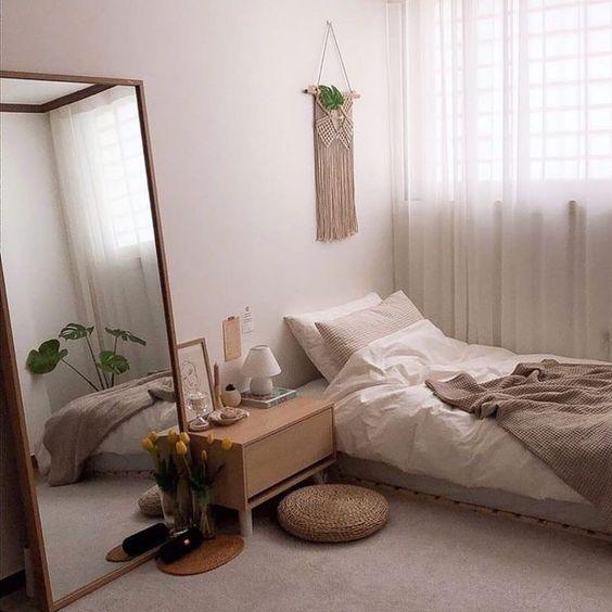 trang trí phòng ngủ với gương