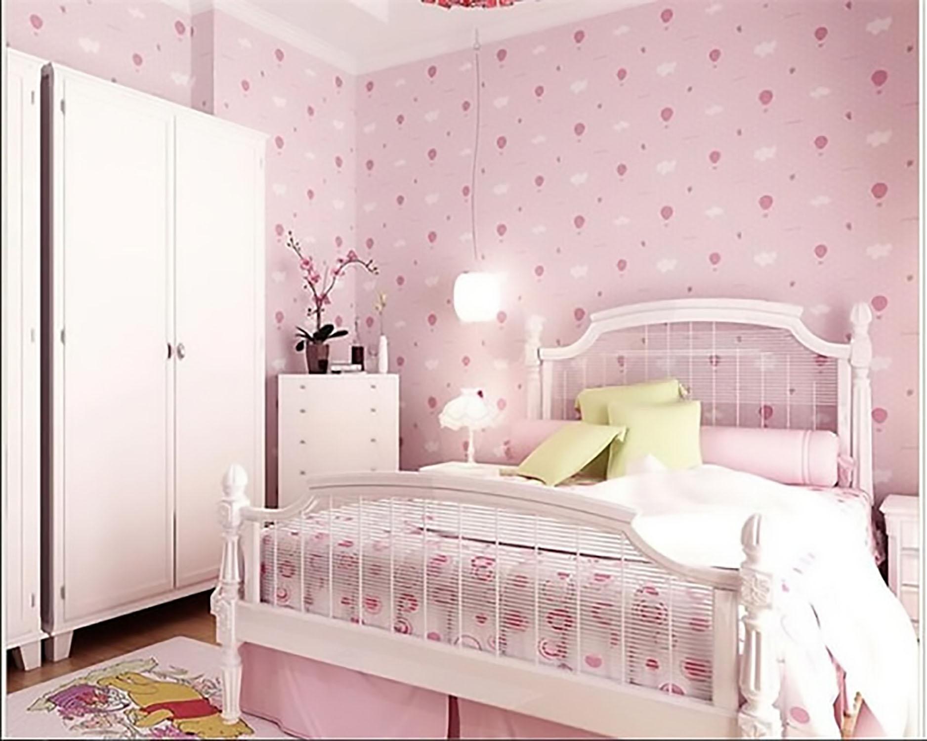 giấy dán tường phòng ngủ màu hồng