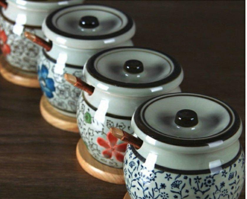 lọ đựng gia vị theo với 4 mẫu hoa văn theo phong cách Nhật Bản hoài cổ