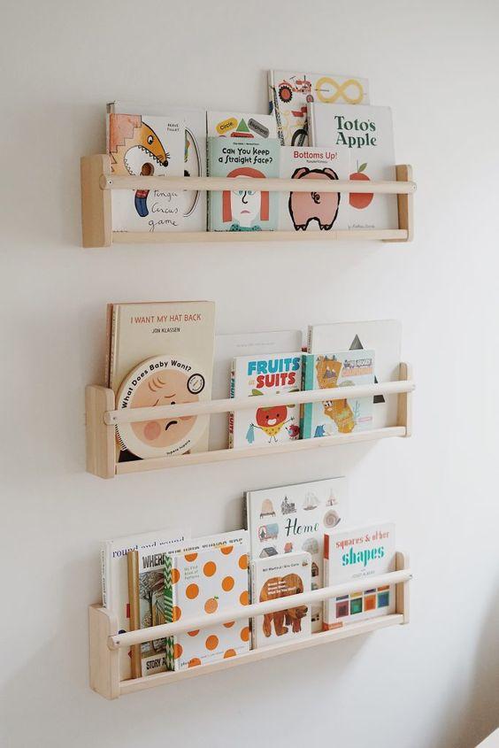 kệ sách treo tường mini cho  bé siêu dễ thương