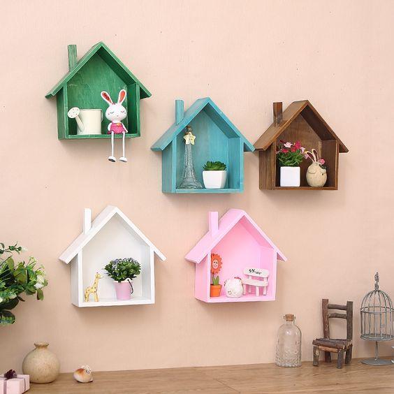 kệ sách treo tường hình ngôi nhà siêu dễ thương cho bé