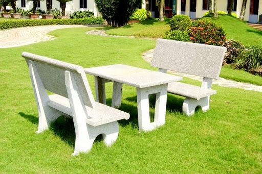 mẫu bàn ghế sân vườn bằng đá