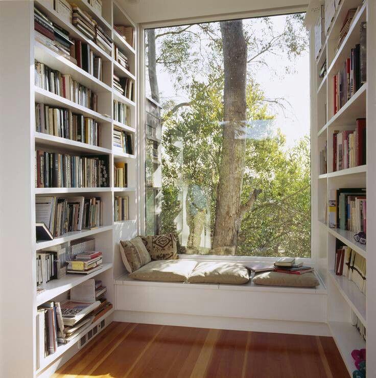 phòng giải trí gia đình với không gian đọc sách