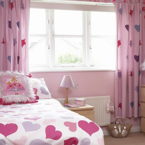 rèm của phòng ngủ của bé