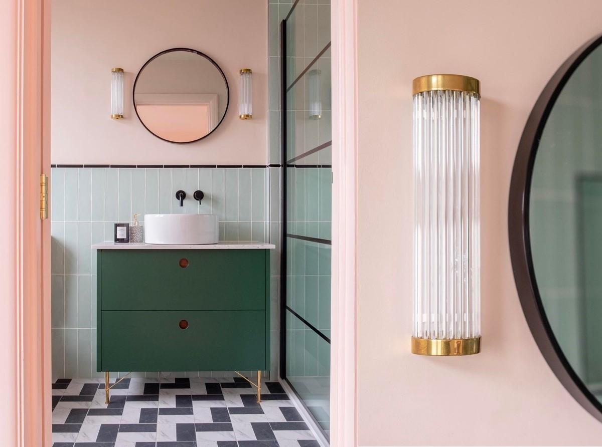 nội thất phòng tắm màu hồng quyến rũ