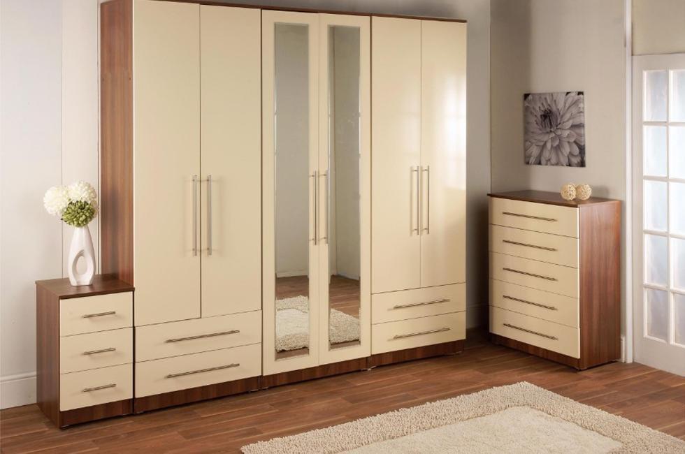 Tủ quần áo gỗ công nghiệp có gắn gương