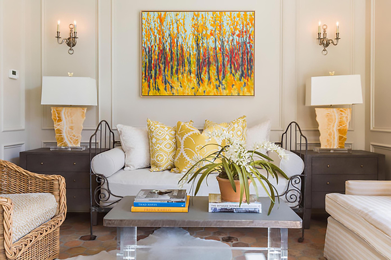 ý tưởng thiết kế nội thất phòng khách màu vàng sang trọng